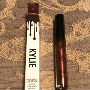 Kylie metal matte lipstick Reign